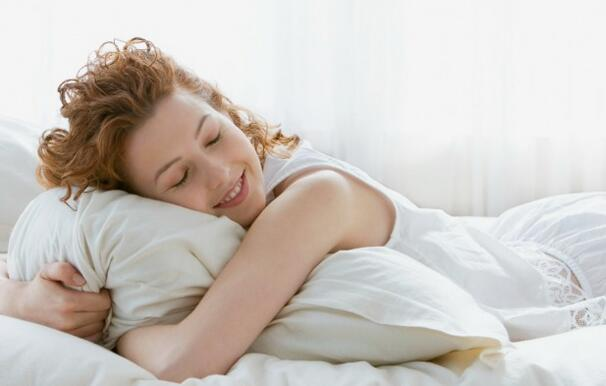 How to Choose the Best Bed Pillows for Sleeping