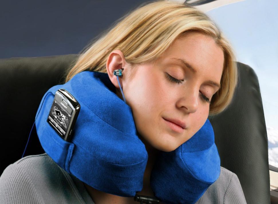 choose the best pillow for long haul flights